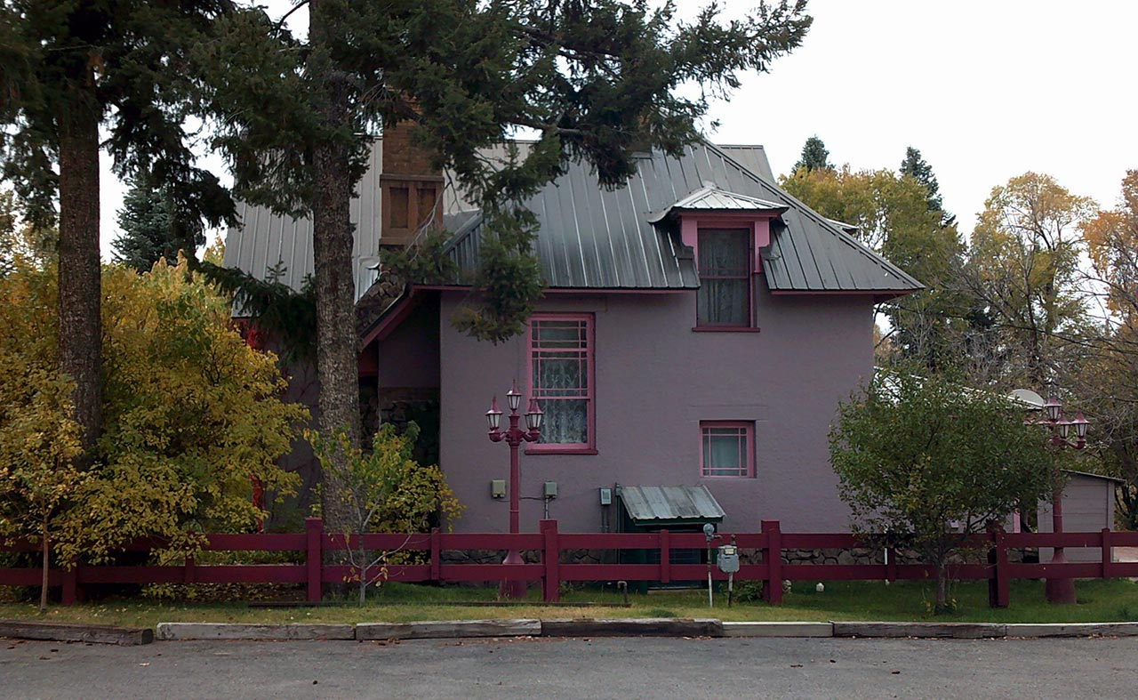 Chama-bed-and-breakfast-1280-2